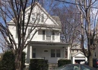 Foreclosed Home in Clifton 07011 UNION AVE - Property ID: 4504396729