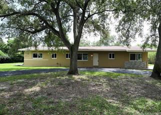 Foreclosed Home in Miami 33176 SW 112TH ST - Property ID: 4504467680