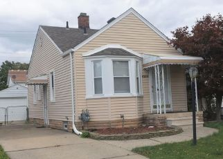 Foreclosed Home in Dearborn 48126 WOODWORTH ST - Property ID: 4504505336