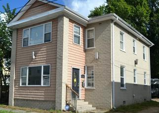 Foreclosed Home in Suffolk 23434 2ND AVE - Property ID: 4504527680