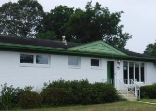 Foreclosed Home in Norfolk 23518 RIDGEFIELD DR - Property ID: 4504528554