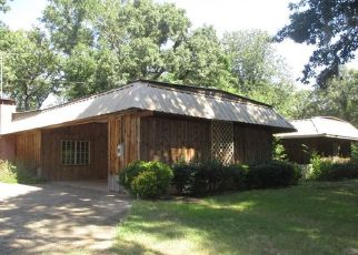 Foreclosed Home in Karnack 75661 DOROUGH RD - Property ID: 4504532947