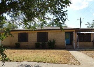 Foreclosed Home in Brady 76825 S WALNUT ST - Property ID: 4504543893
