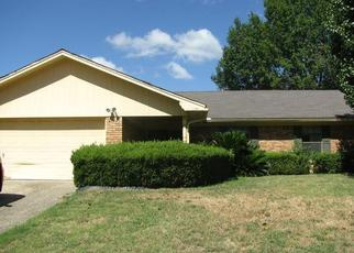 Foreclosed Home in Corsicana 75110 LOUIS AVE - Property ID: 4504550451