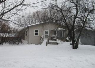 Foreclosed Home in Aberdeen 57401 S GREENWOOD ST - Property ID: 4504567533