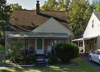 Foreclosed Home in Pontiac 48341 DELLWOOD AVE - Property ID: 4504631481