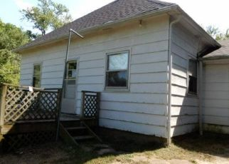 Foreclosed Home in Weston 64098 WALNUT ST - Property ID: 4504653825