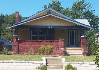 Foreclosed Home in Hutchinson 67501 W 17TH AVE - Property ID: 4504739661