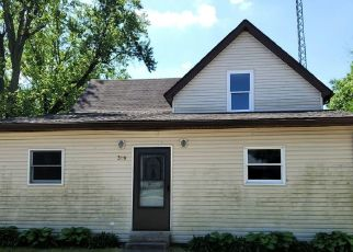 Foreclosed Home in Medaryville 47957 E MAIN ST - Property ID: 4504746217