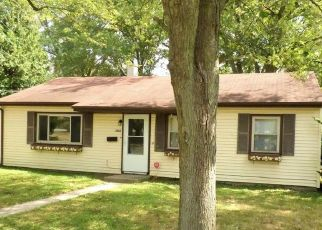 Foreclosed Home in Valparaiso 46383 NAPOLEON ST - Property ID: 4504748410