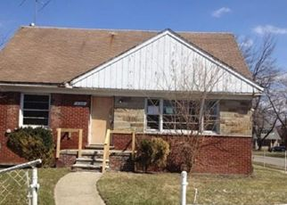 Foreclosed Home in Detroit 48227 STRATHMOOR ST - Property ID: 4504852211