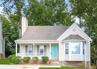 Foreclosed Home in Greensboro 27407 PLANTERS WOOD TRL - Property ID: 4505004633