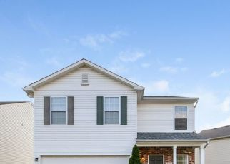 Foreclosed Home in Indianapolis 46237 WHITHAM DR - Property ID: 4505034411