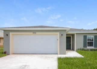 Foreclosed Home in Port Saint Lucie 34953 SW SUNGLOW ST - Property ID: 4505043613
