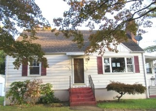 Foreclosed Home in New Britain 06051 MILL ST - Property ID: 4505175441
