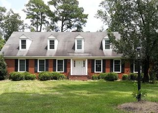Foreclosed Home in Kinston 28504 PAWNEE DR - Property ID: 4505394877