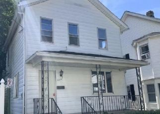 Foreclosed Home in Scranton 18504 MORRIS AVE - Property ID: 4505407570