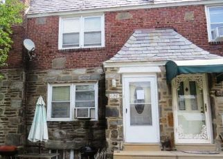 Foreclosed Home in Upper Darby 19082 ANDOVER RD - Property ID: 4505434281