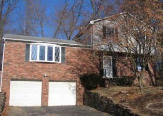 Foreclosed Home in Pittsburgh 15237 BERWICK CT - Property ID: 4505437345