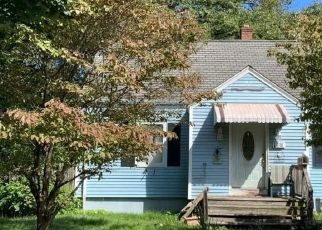 Foreclosed Home in Stratford 06614 NOBLE ST - Property ID: 4505487269