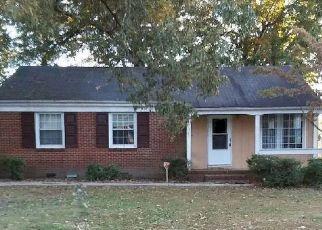 Foreclosed Home in Petersburg 23805 DEERFIELD DR - Property ID: 4505514431