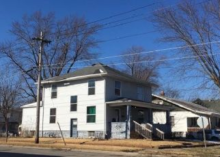 Foreclosed Home in Moberly 65270 S 4TH ST - Property ID: 4505553407