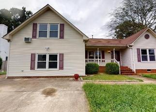 Foreclosed Home in Chesapeake 23320 PLANTATION LAKES CIR - Property ID: 4505558677