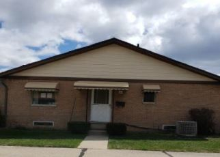 Foreclosed Home in Sterling Heights 48313 18 MILE RD - Property ID: 4505644965