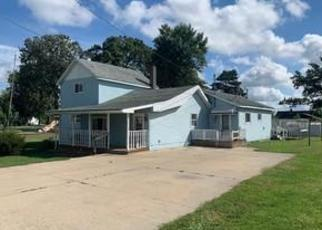 Foreclosed Home in Oakley 48649 PARSHALL ST - Property ID: 4505648904