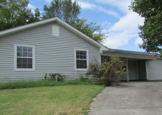 Foreclosed Home in Knoxville 37934 BENT TREE RD - Property ID: 4505695763