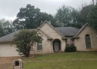 Foreclosed Home in Memphis 38125 BRADFIELD RUN - Property ID: 4505697955