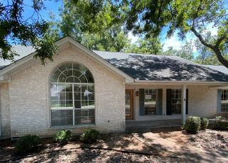 Foreclosed Home in Granbury 76049 N LONGWOOD DR - Property ID: 4505700123