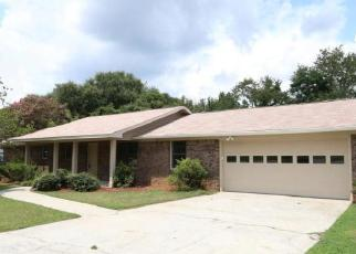 Foreclosed Home in Warner Robins 31093 SENTRY OAKS DR - Property ID: 4505732996