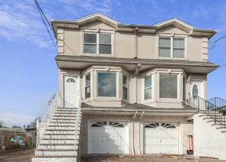 Foreclosed Home in Staten Island 10303 RENFREW PL - Property ID: 4505787738