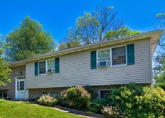 Foreclosed Home in Factoryville 18419 SPRING CIR - Property ID: 4505792100