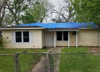 Foreclosed Home in Wharton 77488 LINCOLN ST - Property ID: 4505873122