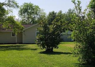 Foreclosed Home in Bridge City 77611 E DARBY ST - Property ID: 4505881456