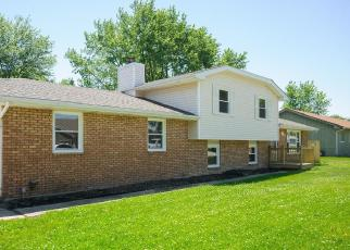 Foreclosed Home in Bradley 60915 ARMOUR RD - Property ID: 4505902478