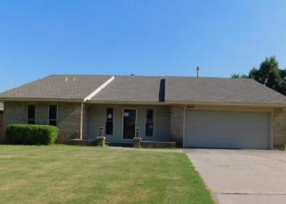 Foreclosed Home in Yukon 73099 PAISLEY RD - Property ID: 4505929635