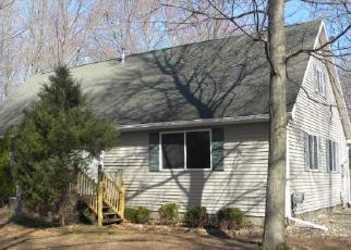 Foreclosed Home in Midland 48640 E YODER DR - Property ID: 4506097822