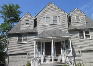 Foreclosed Home in Providence 02905 CIRCUIT DR - Property ID: 4506200296