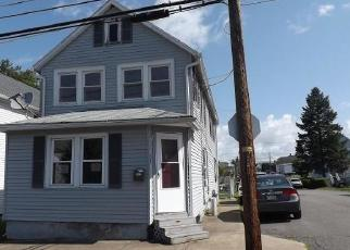 Foreclosed Home in Wilkes Barre 18705 HELEN ST - Property ID: 4506232265