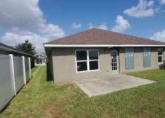 Foreclosed Home in Wimauma 33598 EDINBURGH MOOR DR - Property ID: 4506268179
