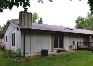 Foreclosed Home in Lake Saint Louis 63367 RUE GRAND DR - Property ID: 4506316362