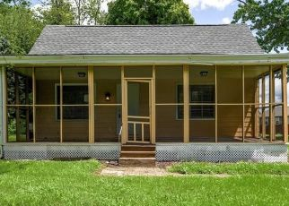 Foreclosed Home in Indianapolis 46237 COMBS RD - Property ID: 4506354469