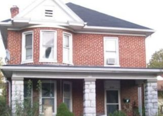 Foreclosed Home in Martinsburg 25401 W VIRGINIA AVE - Property ID: 4506454772