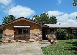 Foreclosed Home in Seminole 74868 OAKRIDGE DR - Property ID: 4506494171