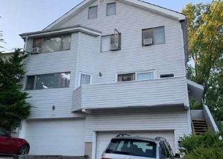Foreclosed Home in Fort Lee 07024 MYRTLE AVE - Property ID: 4506512576