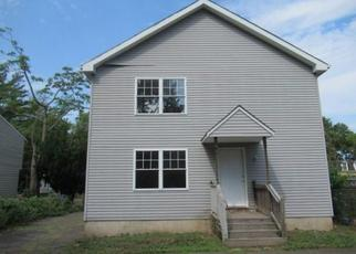 Foreclosed Home in Hartford 06120 MARTIN ST - Property ID: 4506529210