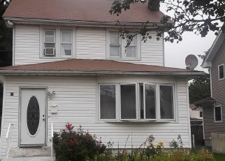 Foreclosed Home in Freeport 11520 CRAIG AVE - Property ID: 4506537543